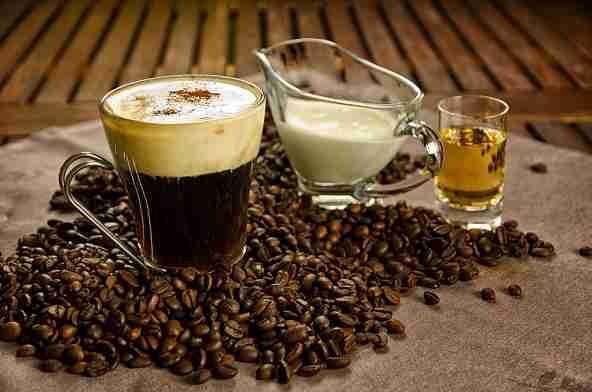 Die Entstehung des Irish Coffee