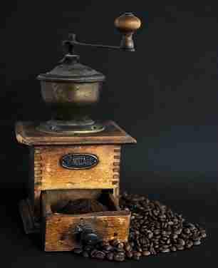 H. de Balzac no café